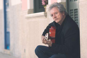 Página web del Gran Guitarrista flamenco Juan Reyes. También en redes sociales Facebook e Instagram. Guitarra flamenca, Paco de Lucía, contrataciones, conciertos, fiestas privadas, bodas y hoteles.